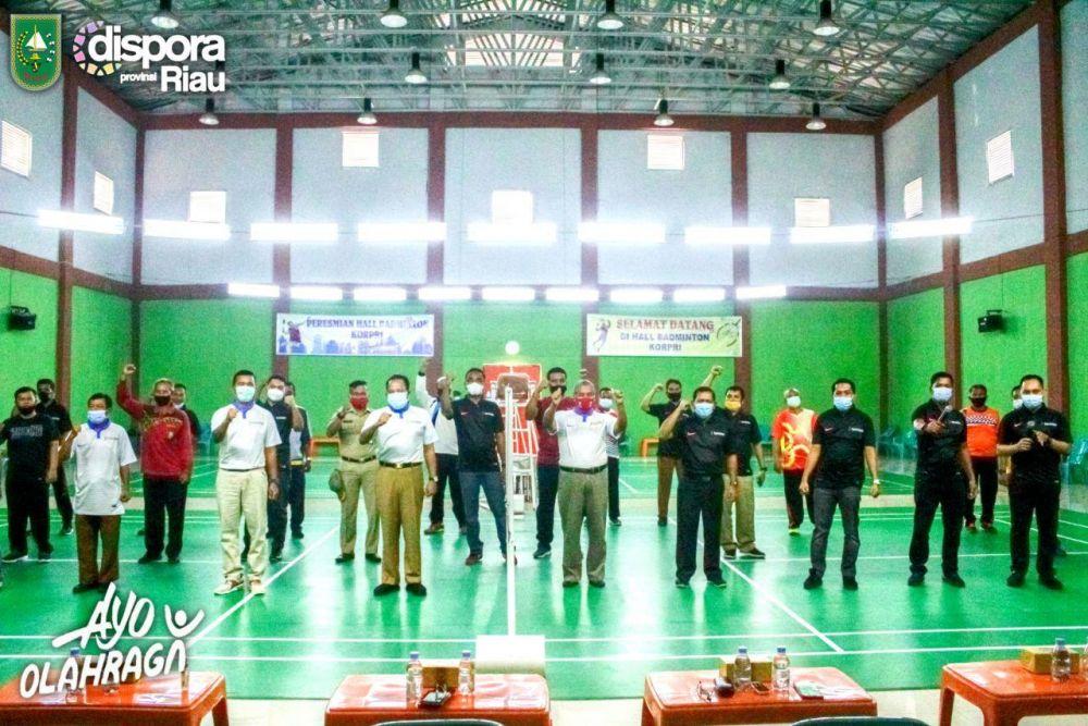 Sempena HUT Ke 43, Korpri Riau Gelar Turnamen Bulutangkis