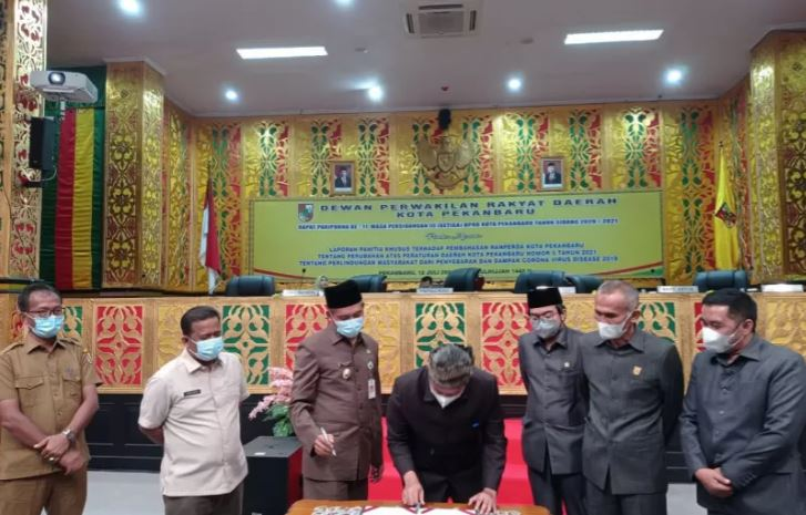 DPRD Pekanbaru Mengesahkan Sanksi Pelanggar Perda COVID-19